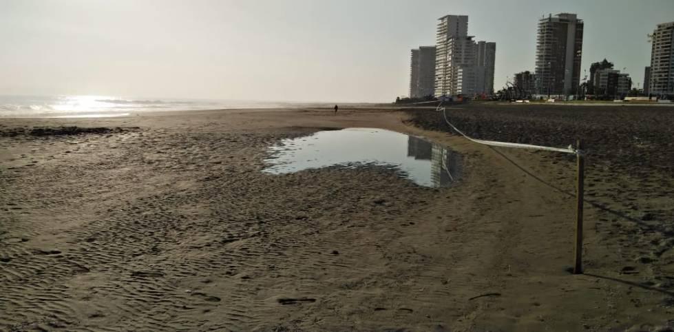 Aguas servidas contaminaron el sector norte de Playa Brava, Península y playa Cavancha.